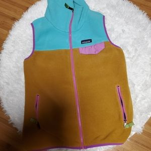 PATAGONIA VEST IN HARD TO FIND COLORWAY